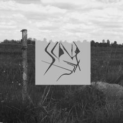 Elettronica riflessiva e minimalista per l'esordio dei polacchi Scindite, il loro ep omonimo agisce per mezzo di contorni organici, sfaccettati e sotterranei, intrattiene piacevolmente senza mai chiedere in cambio niente. […]